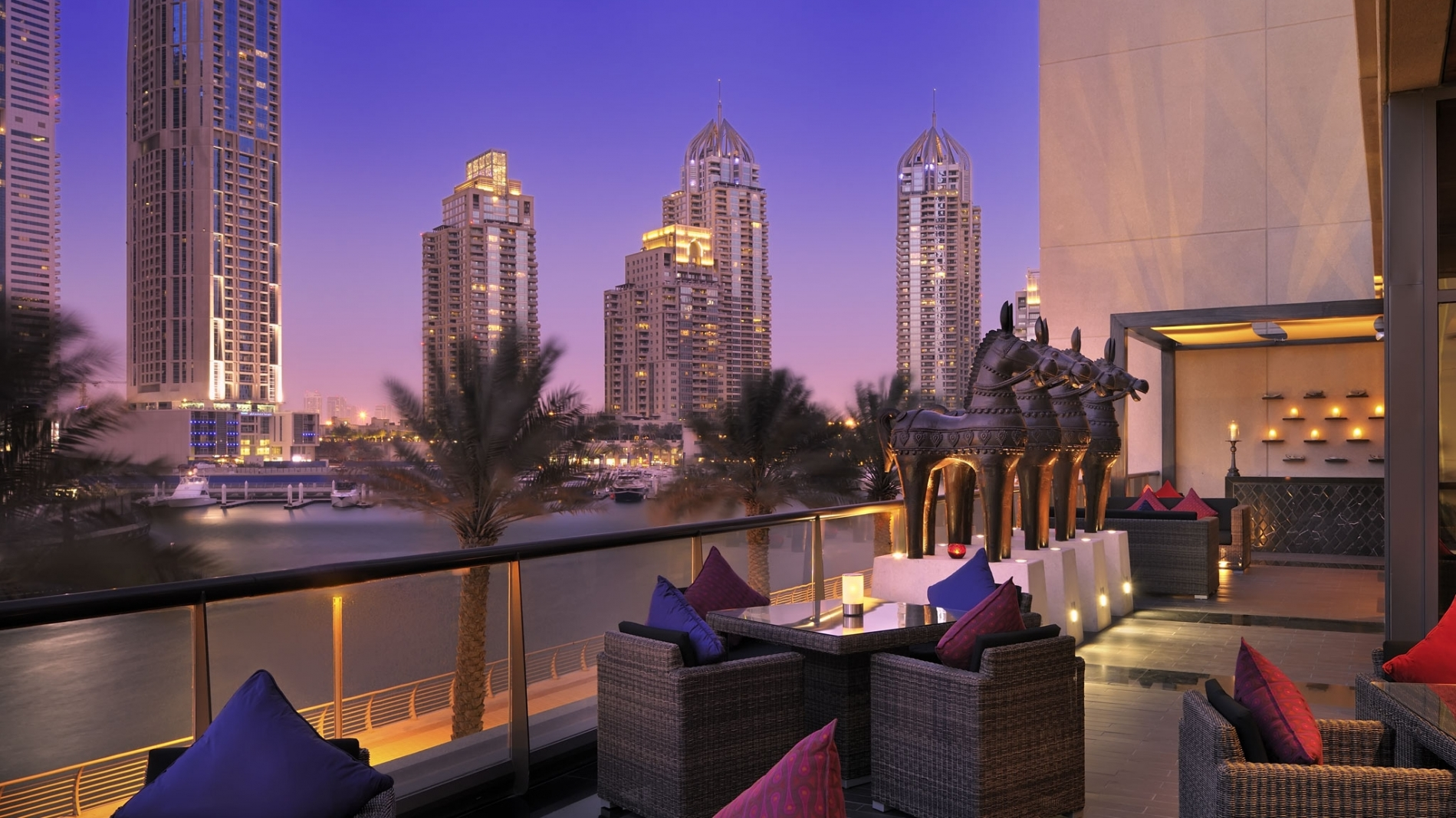Your one stop guide for planning a honeymoon in dubai for Luxury places in dubai